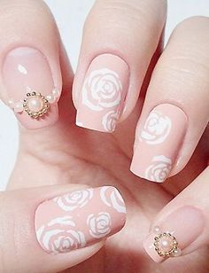66 Cute And Chic Rose Nail Art Designs - buzznet Rose Nail Art, Rose Nails, Flower Nails, Blush Nails, Neutral Nails, Rose Art, Cute Pink Nails, Fancy Nails, Pastel Nails