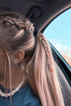Sporty Hairstyles, Braided Ponytail Hairstyles, Box Braids Hairstyles, Girl Hairstyles, Hairstyle Ideas, Softball Hairstyles, Wedding Hairstyles, Braids Into Ponytail, Casual Hairstyles For Long Hair