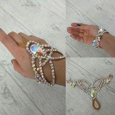 Украшение на кисть #dancejewelry #akcessories #bracelet #bellydance #ballroomdance #браслет #танцевальнаябижутерия #восточныетанцы #бальныетанцы