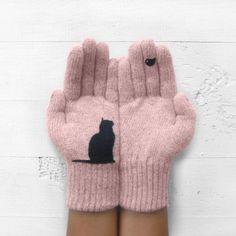 O pereche de manusi pentru femei, pentru toamna si iarna, cu imprimeu simpatic de pisica