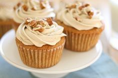 Sweet Potato Cupcakes with Brown Sugar Marshmallow Frosting/ Thanksgiving
