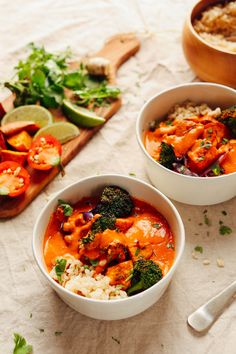 Rich red curry with roasted vegetables minimalist baker recipes. Manger Healthy, Vegetarian Recipes, Healthy Recipes, Vegetarian Grilling, Vegetarian Protein, Healthy Grilling, Diet Recipes, Cooking Recipes, 30 Minute Dinners