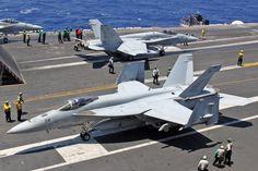 166599AG-114 FA-18E VFA-143 'Pukin Dogs' CVW-7 'USS Dwight D. Eisenhower', NAS Oceana.