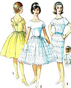 1960s Dress Pattern Simplicity 4972 Low Cut Back door paneenjerez