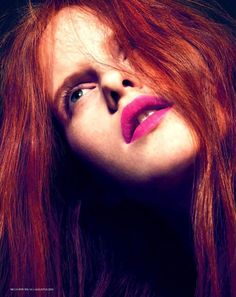 Magdalena_Jasek_by_Jonas_hnan_for_L_Officiel_Netherlands_August_2013_006* Red hair....pink lip