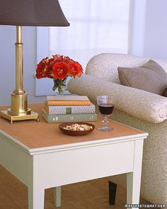 Restore a scratched wooden table with a new surface of cork
