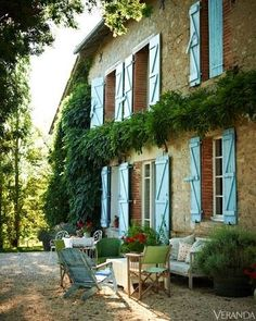 The French Tangerine: ~ green or blue shutters