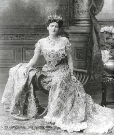 Dinastias   Realeza • Ver Tópico - puro glamour