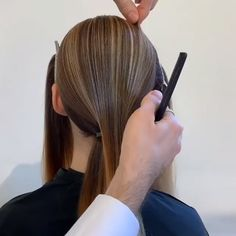 Fabolous Wedding Hair Tutorial Do you want to see more fab hairstyle ideas and tips for your wedding? Then, just visit our web site babe! Braided Hairstyles Updo, Fancy Hairstyles, Wedding Hairstyles Tutorial, Hairstyle Ideas, Updo Styles, Long Hair Styles, Belleza Diy, Loose Updo, Hair Videos