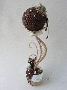 Be Inspired: Styrofoam, coffee beans, wire, faux pearls to design your own. Coffee Bean Art, Coffee Beans, Fabric Flowers, Paper Flowers, Burlap Crafts, Diy And Crafts, Teacup Crafts, Topiary Trees, Coffee Crafts