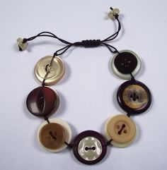 Inspiration: Brown and Cream Button Bracelet