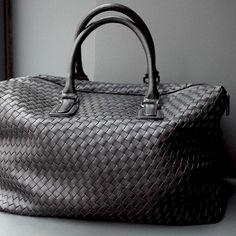 @CorneliaGuest vegan bag. A beautiful alternative to a leather bag.