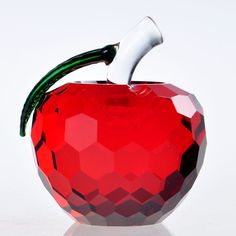 3D Crystal Paperweight Facet Red Apple Figurine Glass