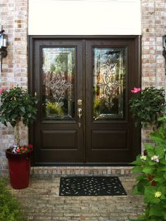 Interior Wood Doors – What You Must Look for While Buying Interior Wood Doors Double Doors Exterior, Exterior Doors With Glass, Entry Doors With Glass, Glass Door, Front Door Colors, Front Door Decor, Front Doors, Front Entry, Entrance Doors