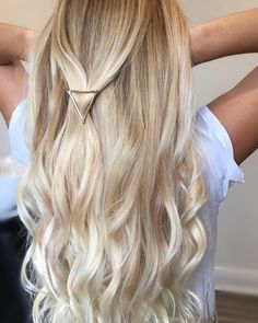 Ideas for hair goals color crown braids Cute Hair Colors, Hair Color Pink, Braided Crown Hairstyles, Trendy Hairstyles, Ombre Hair, Blonde Hair, Hair Goals Color, Long Hair Tips, Hair Affair