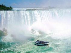 Dividen la frontera entre Estados Unidos & Canada. Es uno de los mas visitados por los turistas ademas de ser de los lugares mas espectaculares de todo el planeta tierra. Con altura de 236 metros a nivel del mar.