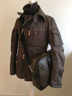 Ich habe gerade einen neuen Artikel zum Verkauf eingestellt : Parka, Daunenjacke Dsquared2 490,00 € https://www.videdressing.de/parkas-daunenjacken/dsquared2/p-6890472.html?utm_source=pinterest&utm_medium=pinterest_share&utm_campaign=DE_Herren_Kleidung_M%C3%A4ntel+und+Jacken_Daunenjacken+%26+Parkas_6890472_pinterest_share