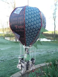 WOW! It's a hot air balloon made with the Magic of Oz collection! By @Beth White - amazing work, Beth! #graphic45