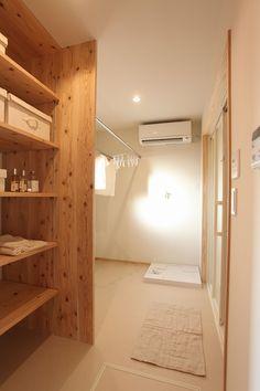 施工写真集|株式会社安成工務店 House Inspiration, House Bathroom, House Design, House Interior, House Rooms, Japanese Interior, Dream Bathroom, Interior Architecture, Home Decor
