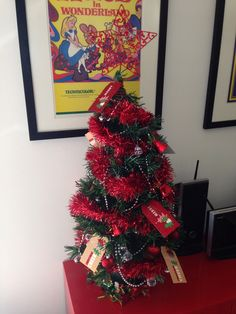 Christmas tree... Red