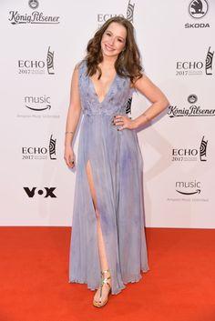 #Awards, #Berlin, #Music Oonagh (Senta Sofia Delliponti) & Elif Demirezer at ECHO Music Awards 2017 in Berlin | Celebrity Uncensored! Read more: http://celxxx.com/2017/04/oonagh-senta-sofia-delliponti-elif-demirezer-at-echo-music-awards-2017-in-berlin/