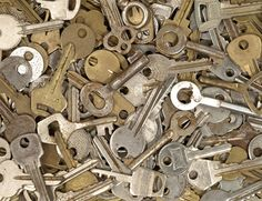 The Keys for Hope Foundation is a non-profit that seeks to end hunger. The foundation helps by raising money from key drives and donations. The keys are weighed and then sold at recycling centers for scrap metal.