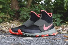 Nike SB Roshe Mid Sneaker black orange olive