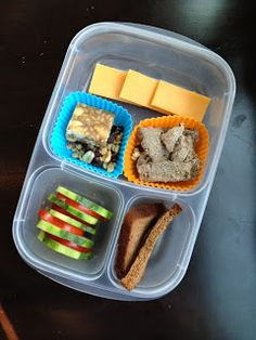 The Family Lunch Box : Paleo Pumpkin Bread