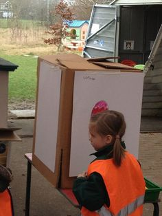 """If you haven't got space or funding for outdoor easels use a cardboard box! You get a four sided easel at minimum expense - from ABC Does ("""",) Eyfs Outdoor Area, Outdoor Play Spaces, Outdoor Fun, Outdoor Kitchens, Outdoor Areas, Outdoor Rooms, Outdoor Living, Eyfs Activities, Outdoor Activities"""