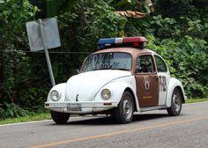 volkswagen police car