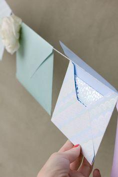 DIY Fresh Flower Envelop Garland | Studio DIY®
