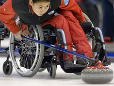 Wheelchair Curling -Paralympic Sports. >>> See it. Believe it. Do it. Watch thousands of SCI videos at SPINALpedia.com Winter Olympic Games, Winter Olympics, Adapted Physical Education, Recreational Therapy, Adaptive Sports, Wheelchair Accessories, Mobility Aids, Disabled People, Special Olympics