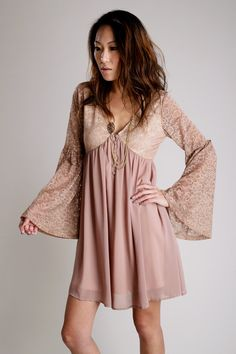 Lave bell sleeves? Yes Plz!!