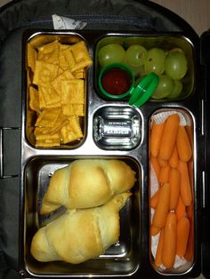 6 Nov Lunch - Pigs in a blanket, letter cheese-it's, grapes, carrots and piece of chocolate :) Planet Box, Pigs In A Blanket, Bento Box, Lunches, Carrots, Letter, Boxes, Cheese, Chocolate