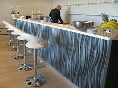Interlam - SOU009: Bar front levert av Konzept K til VIP Baren på Norges Varemesse, Lillestrøm.