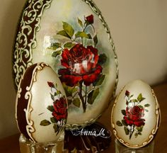 "Studio Artistic Handicraft ""Anna M"" Wieslawa Monday: goose eggs Easter Egg Crafts, Easter Eggs, Holiday Ornaments, Christmas Crafts, Decoupage, Carved Eggs, Easter Egg Designs, Diy Ostern, Faberge Eggs"