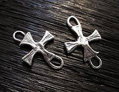 Handmade, sterling silver, textured, artisan cross closed jump rings and links (set of 2)
