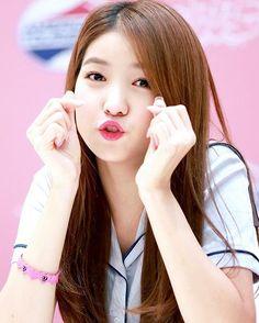 [INFO / NEWS] is confirmed to attend and perform at sowon Gfriend Yuju, Gfriend Sowon, South Korean Girls, Korean Girl Groups, Seoul, Kpop Girl Bands, Korean Music, Korean Idols, G Friend