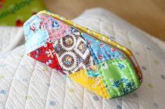A Patchwork Cosmetic Bag Tutorial. Косметичка-пэчворк