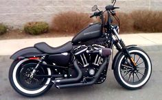 Custom Harley Davidson Iron 883