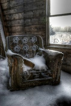 Lost | Forgotten | Abandoned | Displaced | Decayed | Neglected | Discarded | Disrepair | Cold Seat | Flickr - Photo Sharing!