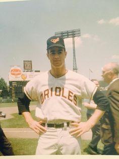 Jim Palmer during his rookie season of 1965 Best Baseball Player, Baseball Star, Sports Baseball, Baseball Odds, Angels Baseball, Baseball Equipment, Baltimore Orioles Baseball, Mlb Uniforms, Sports