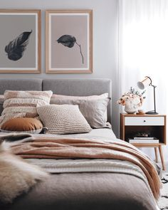 Chouette idee deco chambre adulte rose et gris, amenagement petite chambre tenda. Nice idea for a pink and gray adult bedroom decor, small trendy bedroom layout 2018 in decoration Bedroom Styles, Bedroom Inspo, Design Bedroom, Bedroom Inspiration, Modern Bedroom, Teen Bedroom, Grey Bedrooms, Cosy Grey Bedroom, Cosy Bedroom Decor