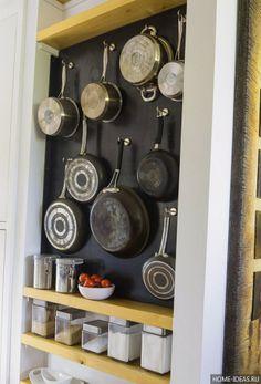 Удобные вешалки для сковородок