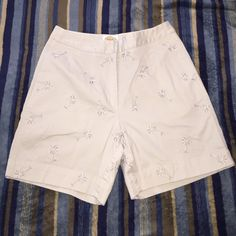 Selling this Mid thigh summer shorts in my Poshmark closet! My username is: 60hael. #shopmycloset #poshmark #fashion #shopping #style #forsale #Talbots #Pants