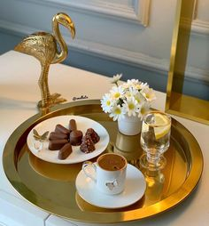 Good Morning Love Messages, Turkish Coffee, Good Morning Coffee, Coffee Drinks, Coffee Tables, Cake Decorating Techniques, Coffee Love, Chocolate, Food Presentation