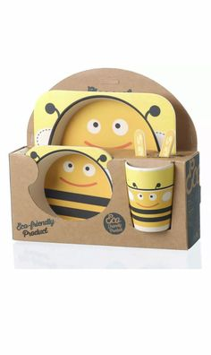 Kids dinner set, great to pack in the caravan for camping