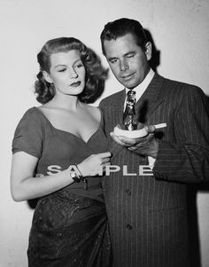 1952 RITA HAYWORTH & GLENN FORD Awards Photo