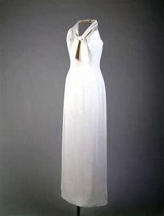 11f7371cefb Image result for outfits oleg cassini designed for jackie kennedy Jackie  Kennedy
