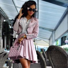 Top 10 Best Outfits & Streetstyle this Week:  http://jetsetbabe.com/10-favourite-fashion-outfits-week-45